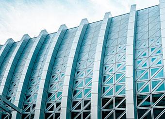 фасадные металлоконструкции на заказ фото