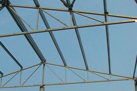 узел металлической фермы фото
