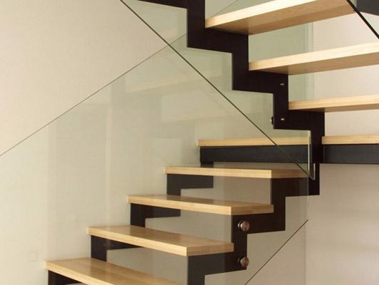 косоур для лестницы фото